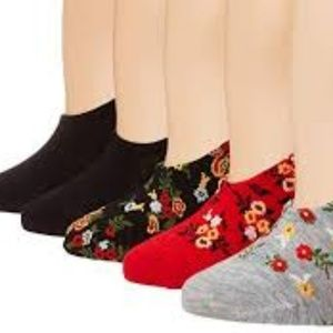 Betsey Johnson Red & Black Floral Socklets 5-pack